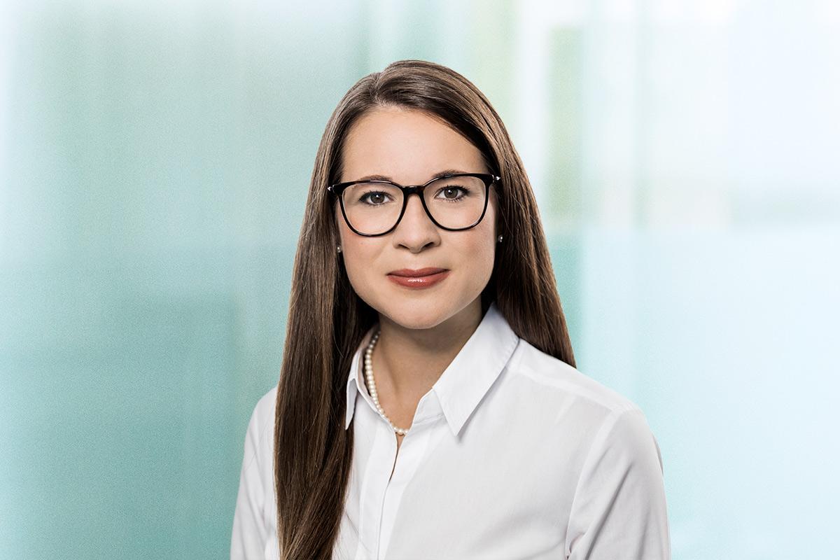GLADE MICHEL WIRTZ Dr. Marina Adams