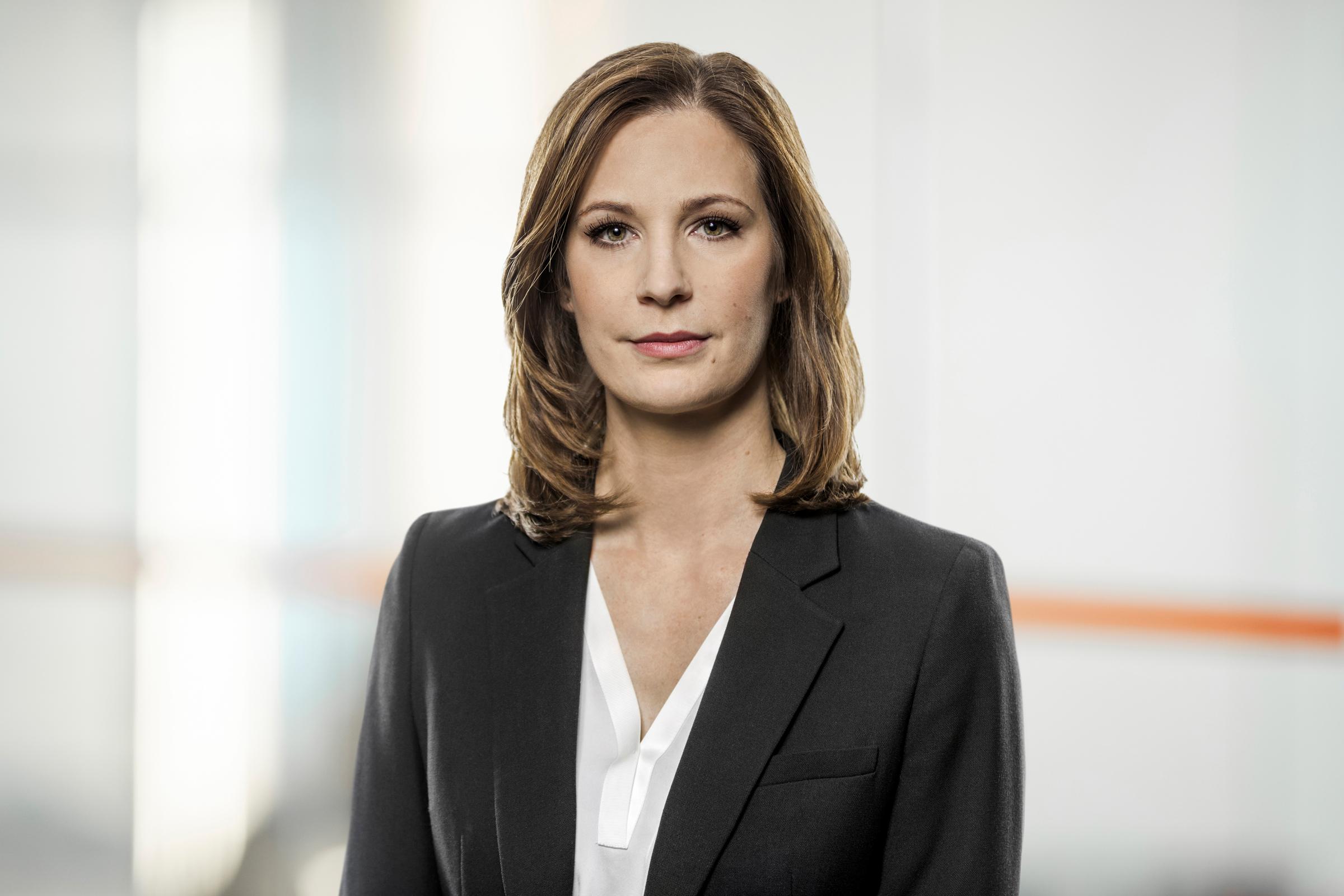 Dr. Sarah Vogel